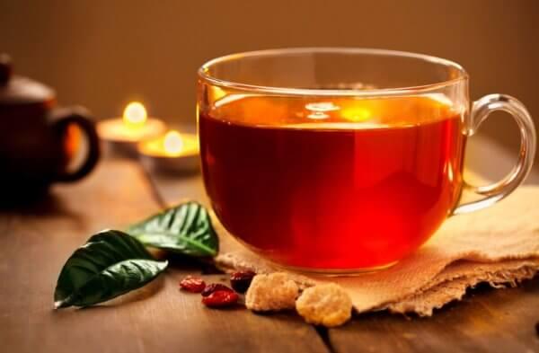 Ez a tea fiatalít és szépít is - Íme a recept!
