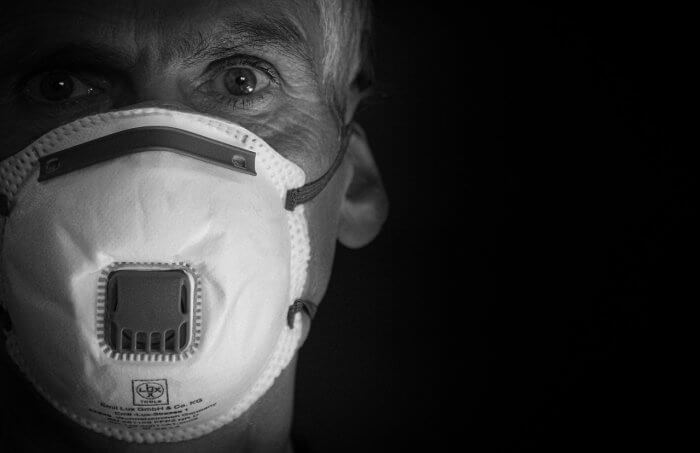 Koronavírus: világszerte  27,4 millió fertőzött és 900 ezer halott
