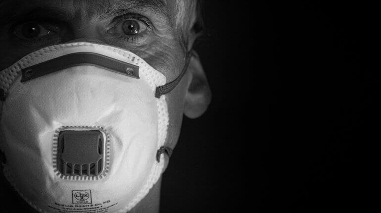 Drámai és kritikus a helyzet Magyarországon - Tombol a koronavírus-járvány